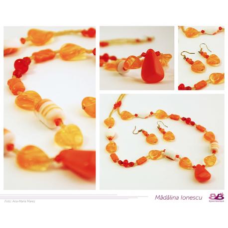 Colier din sticlă și cristale portocalii
