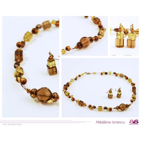 Colier cristale maro și auriu